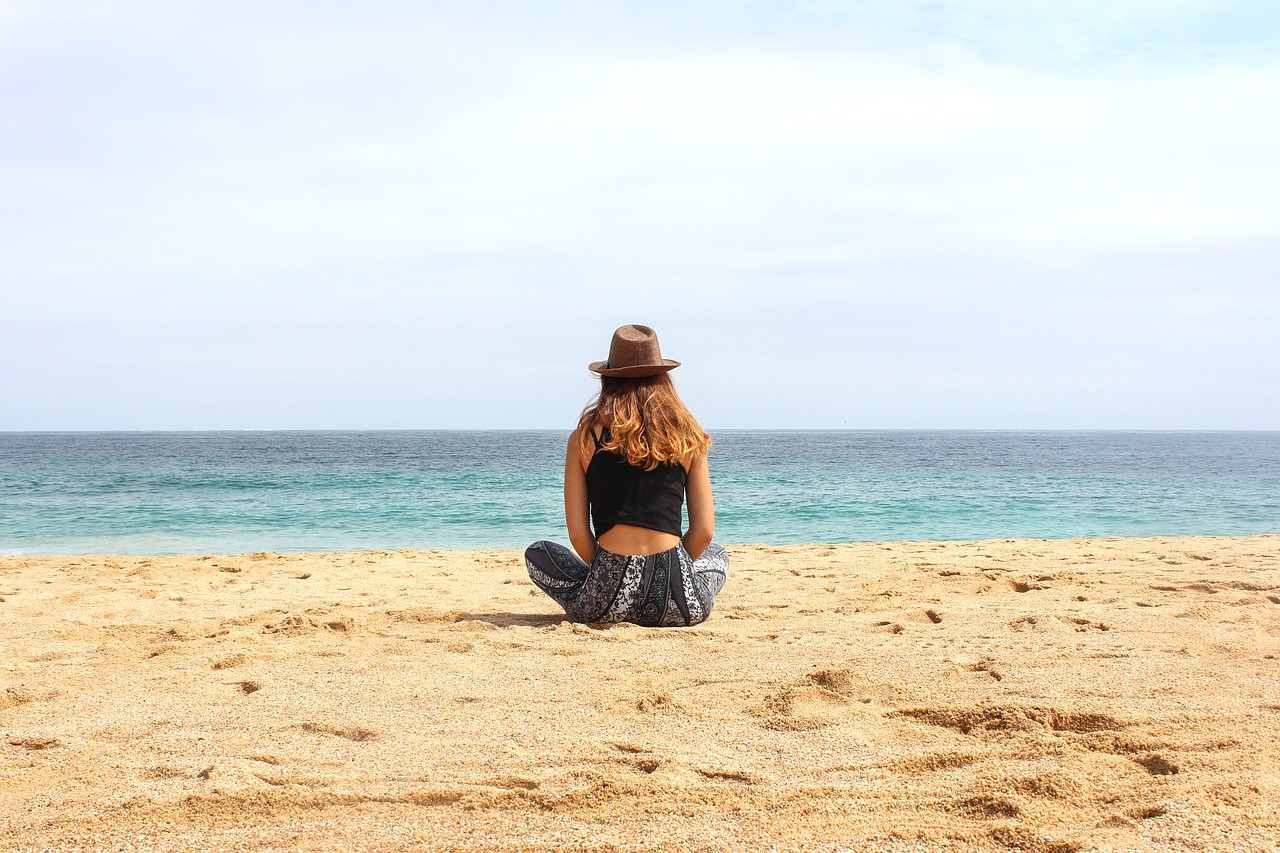 5 Important Safety Tips for Female Travelers