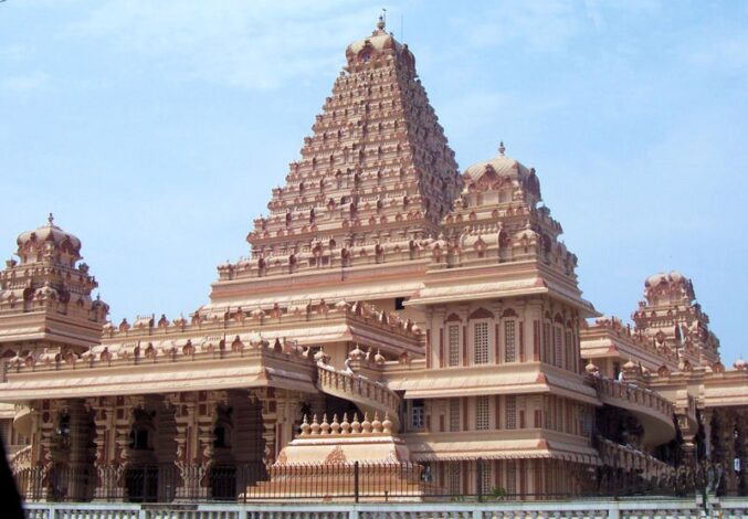 Top 10 temples to see in Delhi